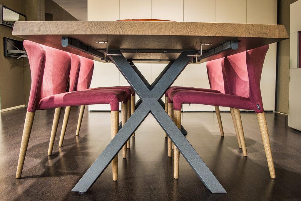 tavoli in legno di castagno