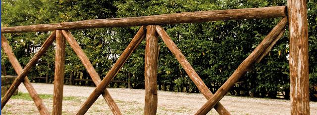 staccionata in legno di castagno